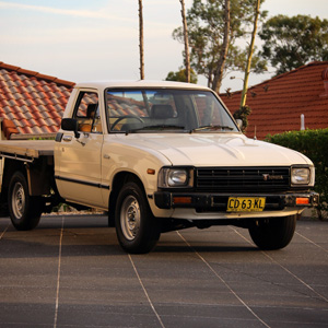 Andrew's 1982 Hilux (RN41) + 18R-GU